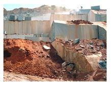 /picture/Quarry/201406/81695/green-ubatuba-granite-verde-ubatuba-granite-quarry-quarry1-2473B.JPG