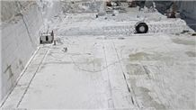 /picture/Quarry/201406/84041/shandong-pure-white-marble-quarry-quarry1-2448B.JPG