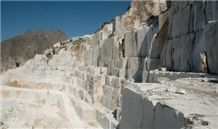 /picture/Quarry/201407/111325/bianco-carrara-marble-quarry-quarry1-2511B.JPG