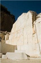 /picture/Quarry/201407/111325/calacatta-caldia-marble-quarry-quarry1-2497B.JPG