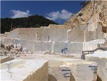 /quarries-2548/seben-onyx-quarry
