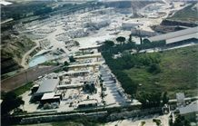 /picture/Quarry/201408/103245/travertini-caucci-travertino-tivoli-tipo-noce-quarry-quarry1-2593B.JPG