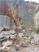 /picture/Quarry/201408/112926/china-dark-emperador-marble-quarry-quarry1-2606B.JPG