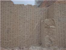 /picture/Quarry/201409/113205/giallo-fiorito-granite-medina-quarry-quarry1-2624B.JPG