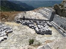 /picture/Quarry/20149/42418/grey-wood-grain-marble-quarry-quarry1-2653B.JPG