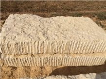 /picture/suppliers/201410/41825/yellow-california-limestone-jaune-bejaad-california-honey-giallo-provenza-quarry-quarry1-2708B.JPG
