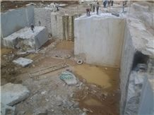 /picture/suppliers/201410/73208/new-kashmir-white-granite-quarry-quarry1-2731B.JPG