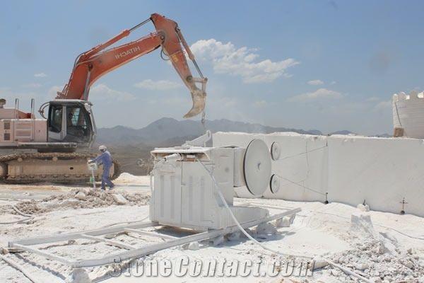 Omani Diamond Marble Quarry - StoneContact com