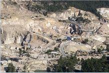 /picture/suppliers/201411/30567/silvestre-granite-j-quarry-located-in-tui-monte-aloya-quarry1-2767B.JPG