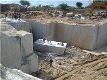 /picture/suppliers/201411/56737/new-kashmir-white-granite-quarry-quarry1-2802B.JPG