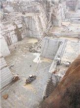 /picture/suppliers/201412/88281/g350-yellow-rust-granite-wenshang-yellow-rust-granite-quarry1-2898B.JPG