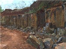 /picture/suppliers/20151/116119/hainan-grey-basalt-quarry-quarry1-2947B.JPG