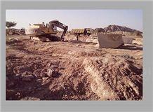 /picture/suppliers/20151/116631/giallo-antico-granite-quarry-quarry1-2949B.JPG