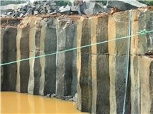 /picture/suppliers/20151/899/roxblack-hainan-black-basalt-quarry-quarry1-2955B.JPG