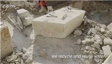 /picture/suppliers/201510/123923/sea-pearl-violet-marble-quarry-quarry1-3761B.JPG