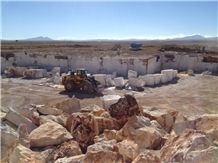 /picture/suppliers/201510/56000/egeus-travertine-karaman-quarry-quarry1-3782B.JPG