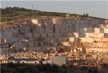/picture/suppliers/201511/6911/lillium-beige-marble-quarry-quarry1-3834B.JPG