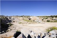 /picture/suppliers/20152/117153/azul-platino-granite-quarry-quarry1-2992B.JPG