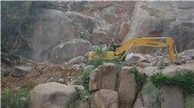 /picture/suppliers/20152/117604/gr-black-pepper-granite-hu-jiao-quarry1-3026B.JPG