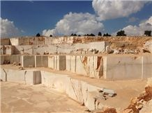 /picture/suppliers/20152/5398/ermenek-beige-marble-quarry-quarry1-3029B.JPG