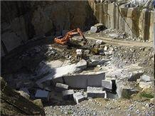 /quarries-3203/azul-alpendurada-granite-quarry