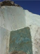 /picture/suppliers/20155/119615/turquoise-granite-quarry-quarry1-3249B.JPG