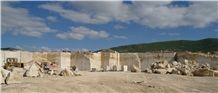 /picture/suppliers/20155/119693/walnut-brown-travertine-quarry-quarry1-3273B.JPG