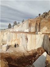 /picture/suppliers/20155/120284/fire-onyx-quarry-quarry1-3341B.JPG