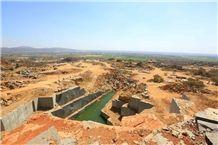 /picture/suppliers/20155/120401/nero-africa-granite-quarry-quarry1-3352B.JPG