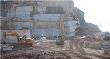 /picture/suppliers/20155/20599/botticino-semi-classico-marble-quarry-quarry1-3269B.JPG
