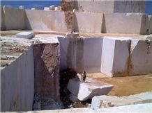/picture/suppliers/20155/55589/skyros-silver-light-marble-quarry-quarry1-3333B.JPG