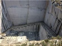 /picture/suppliers/20155/95441/g383-cheap-grey-granite-quarry-quarry1-3309B.JPG