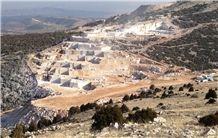 /picture/suppliers/20156/119463/kapa-beige-marble-quarry-quarry1-3388B.JPG