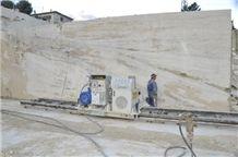 /picture/suppliers/20157/121239/travertino-venatino-corneto-acquasanta-terme-quarry-quarry1-3439B.JPG