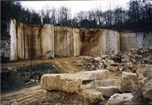 /picture/suppliers/20157/121613/verger-marbre-verger-beige-et-bleu-verger-beige-limestone-quarry-quarry1-3492B.JPG