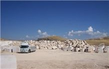 /picture/suppliers/20157/1868/kayseri-noce-travertine-quarry-quarry1-3470B.JPG