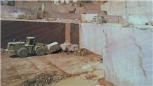 /picture/suppliers/20158/122616/crema-marfil-coto-marble-quarry-quarry1-3615B.JPG