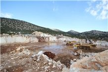 /picture/suppliers/20158/72911/burdur-crema-bella-marble-quarry-quarry1-3548B.JPG
