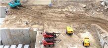 /picture/suppliers/20159/113642/black-pearl-granite-quarry-quarry1-3653B.JPG
