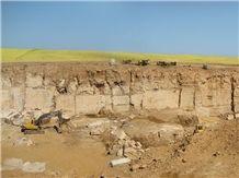 /picture/suppliers/20159/122832/iran-jade-green-onyx-quarry-quarry1-3657B.JPG