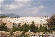 /picture/suppliers/20159/41504/bucak-noce-travertine-bucak-silver-travertine-karaseki-quarry-quarry1-3737B.JPG
