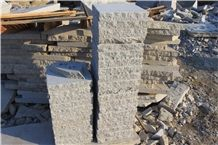 Sides Cleft Garden Palisade, Step Stone Rough Finished Surface Pallets Cheap Price