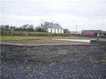 Building Luogh Stone with Wall Capping