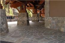 Gneiss Turda Polygonal Flagstone