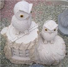 China G682 Yellow Granite Natural Garden Stone Animal Carving with Eagle Shape