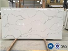 A Quality Calacatta White Marble Look Quartz Stone Solid Surfaces Polished Slabs & Tiles Engineered Stone Artificial Stone Slabs for Hotel Kitchen,Bathroom Walling Panel Customized Edges