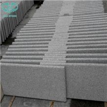 China Light Grey Granite G603 Bushhammered Stair Steps, Treads and Risers, Paving,Garden Stone,Palisade,Bianco Sardo,Silver Grey,Cobbles,Seasame White