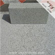China Bluestone Cut to Size Sawn Tiles / Zhangpu Bluestone Sawn Tile with Cat Paws or Honeycomb / Bluestone Machine Cut Wall Cladding / Bluestone Pavers