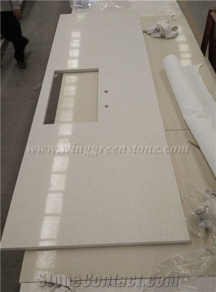 Chinese White Customised Quartz Kitchen Top, Polished Quartz Countertop,  White Quartz Kitchen Countertop, Xiamen Winggreen Manufacture