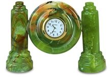 2 Pillar Clock